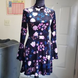 As u wish longseleve floral dress
